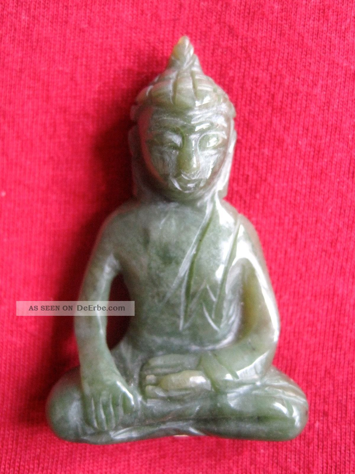 kleine buddha figur aus jade thailand. Black Bedroom Furniture Sets. Home Design Ideas