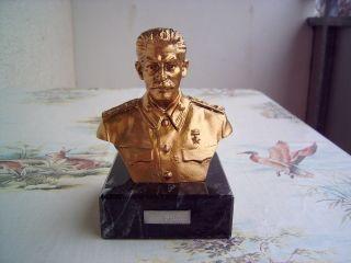 Stalinbüste/marmorsockel Bild