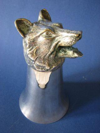 Trinkbecher Handbecher,  Trinkhorn,  Wolf Bild