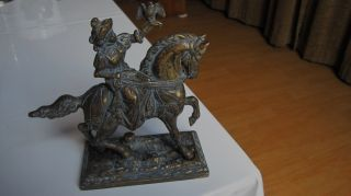 Bronce Oder Messingfigur Falkner Auf Pferd Uralt Bild