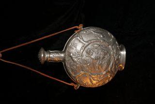 Zinn Flasche Jagdmotiv Les Étains Des Potstainiers Hutois/ Pewter Bottle Hunting Bild