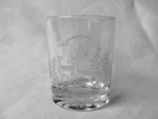 Jagd Becher,  Jägerglas,  Schnappsglas – Geschliffenem Motiv Dekor – Reh – Top Bild