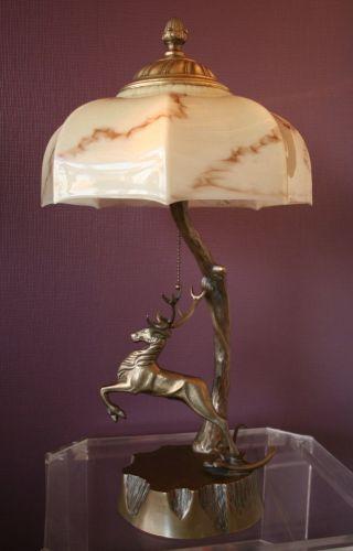 Repräsentative Bronze Tischlampe,  Hirsch Figürlich,  Art Deco Um 1930 Bild