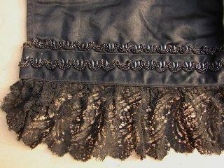 Antike Tournüren Kleid Schürze Mit Glasperlen Spitze Biedermeier 1850 Bild