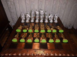 Komplettes Chinesisches Schachspiel,  Zinn,  Unbespielt,  Nur Als Deko In Vitrine Bild