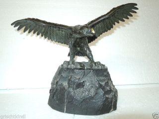 Alter Wunderschöner Bronzeadler Auf Fels Sitzend,  3 Kg Schwer Bild
