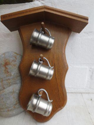 3 Kleine Schnapsbecher Mit Henkel,  Zinnbecher,  92 Zinn,  Zinnschnapsbecher Bild