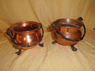2 Kleine Übertöpfe Aus Kupfer Mit Füßen Und Henkel 412 Bild