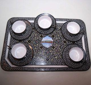 Mokkaset 5 Tassen Mit 5 Unterteller Und 1 Tablett Emailliert Und Bemalt.  11 Teil Bild