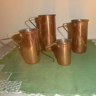 Alte Messbecher Aus Kupfer | Messbecherset,  4 Teile Bild