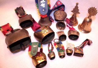 15 Alte Schöne Glocken Von 3 Cm - 9,  5 Cm,  Kuhglocken,  1 Hutschenreuther Glocke Bild