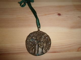 Bronze Relief Bild