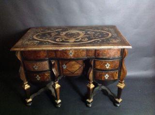 Barock Schreibtisch Für Den Restaurator Ein Traum Möbel Bild