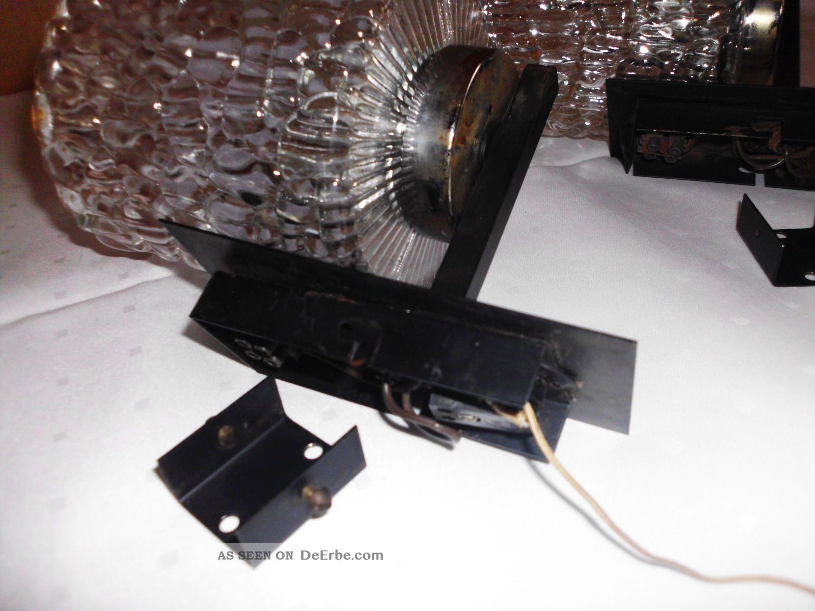2 alte wandlampen metall mit glas kristall schirm lampen 60er 70er jahre. Black Bedroom Furniture Sets. Home Design Ideas