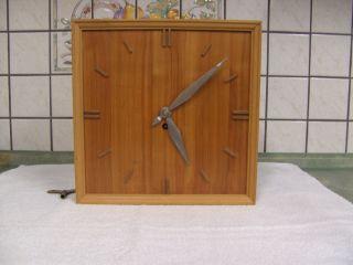 Alte Uhr Wanduhr - Pendeluhr,  Japy Freres Uhrwerk. Bild