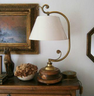 Stil - Tischlampe Bild