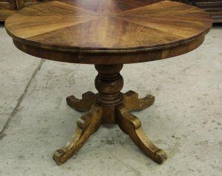 Nr.  4348 - Spieltisch,  Biedermeier,  Nussb. ,  Oval,  Klapptisch,  1820 - 30,  Frei Haus. Bild