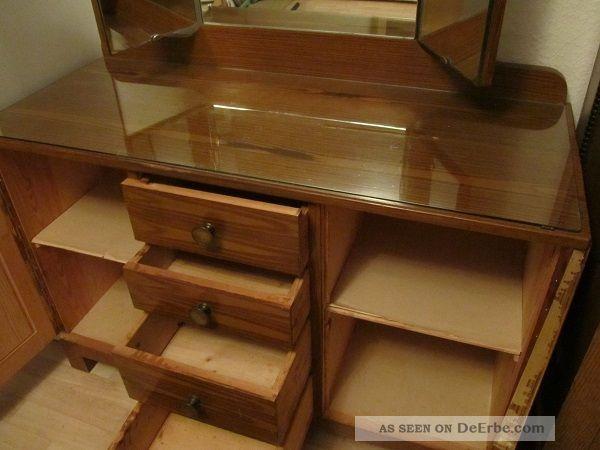 alte frisierkommode mit spiegel frisiertisch. Black Bedroom Furniture Sets. Home Design Ideas