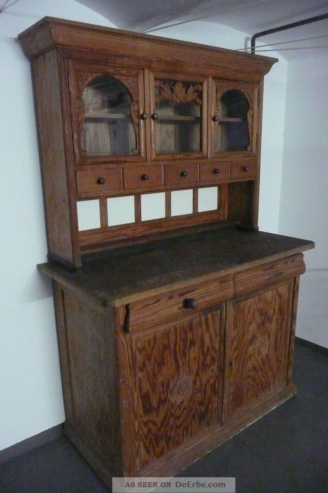 alten schrank cool drendering einer alten hlzernen schrank foto von erllre with alten schrank. Black Bedroom Furniture Sets. Home Design Ideas