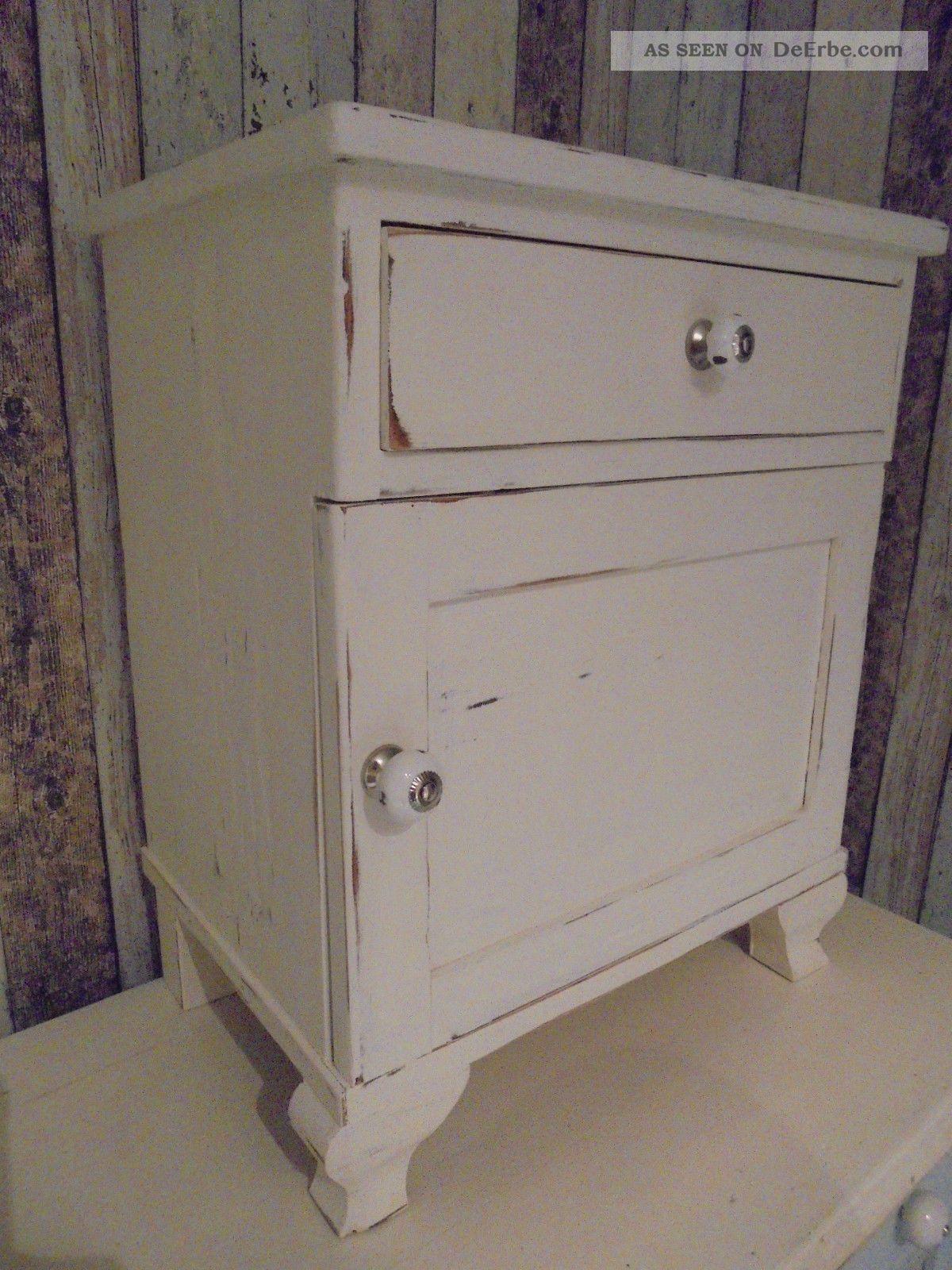 nachtschrank schr nkchen alt shabby landhaus kreidefarbe gewachst. Black Bedroom Furniture Sets. Home Design Ideas