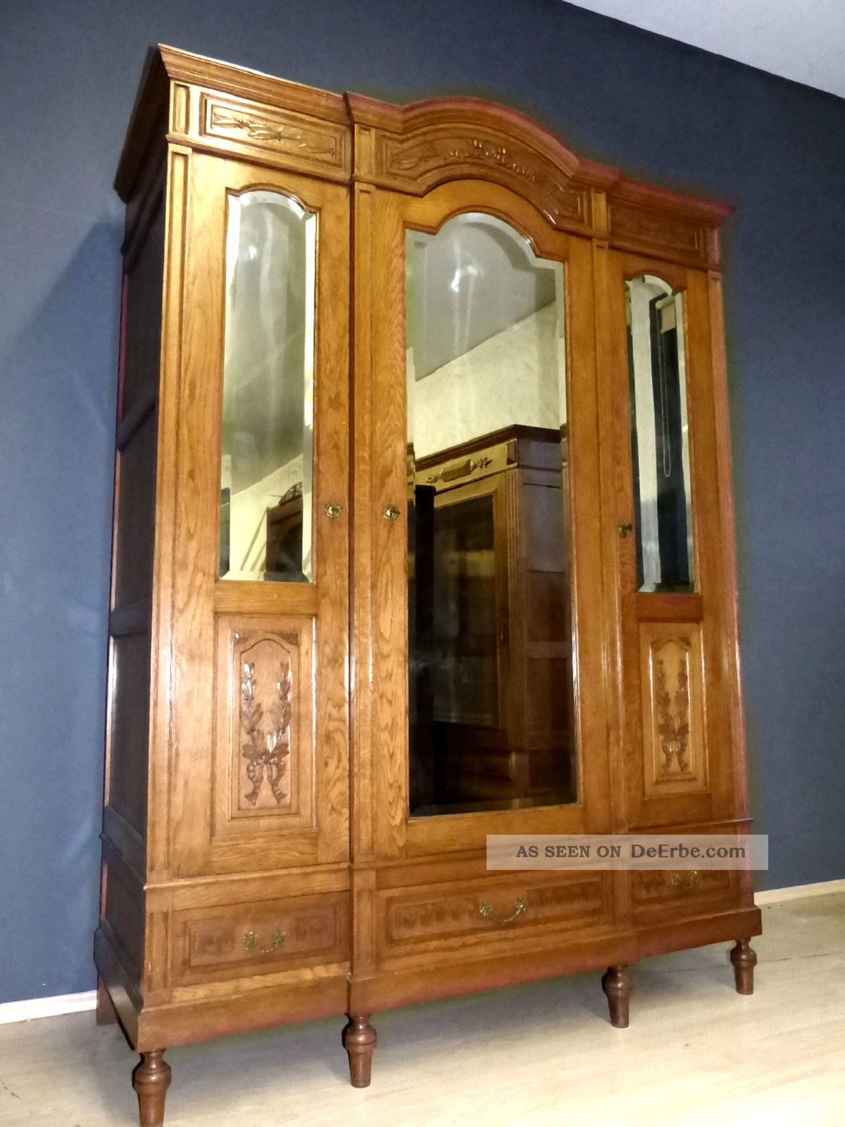 xl jugendstil kleiderschrank dielenschrank antik. Black Bedroom Furniture Sets. Home Design Ideas