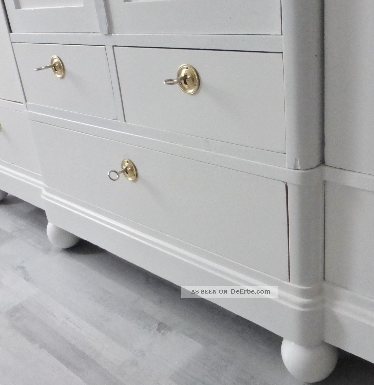 antiker kleiderschrank in wei mit 5 schubladen m bel. Black Bedroom Furniture Sets. Home Design Ideas