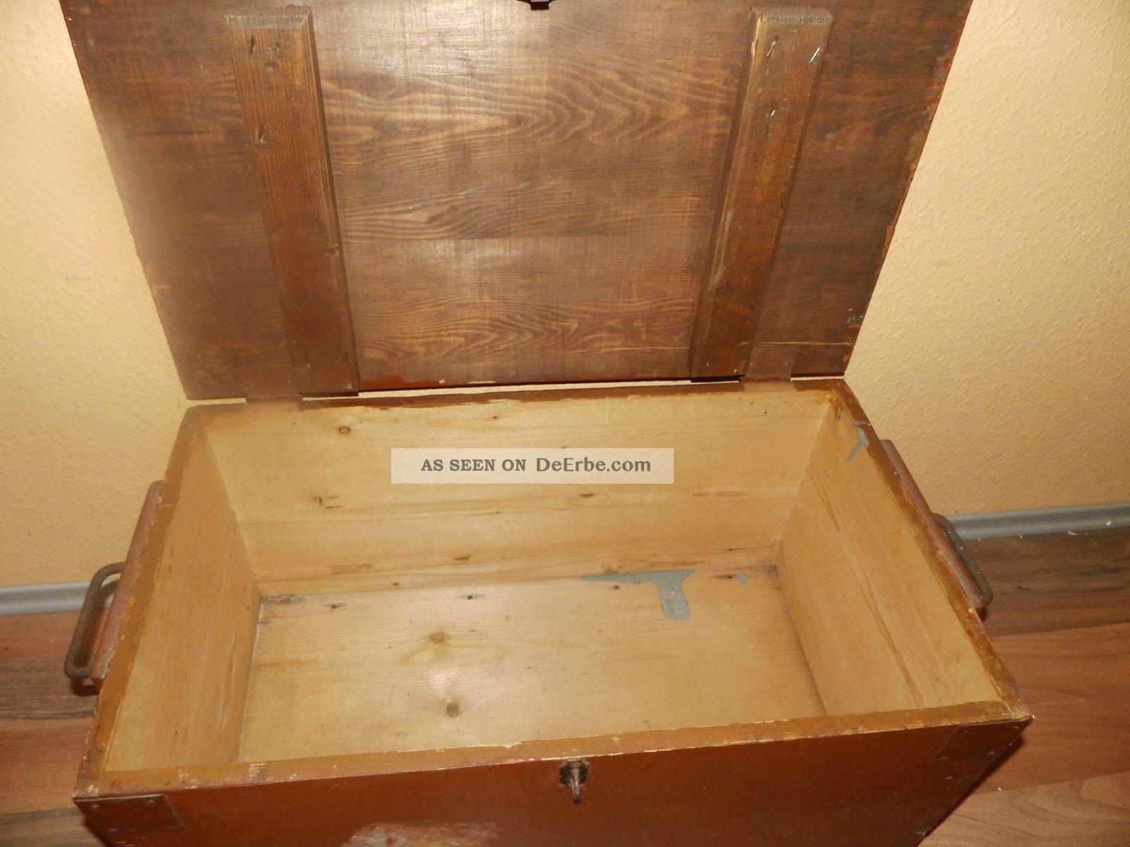 alte antike frachtkiste truhe holztruhe kiste holzkiste koffer couchtisch. Black Bedroom Furniture Sets. Home Design Ideas