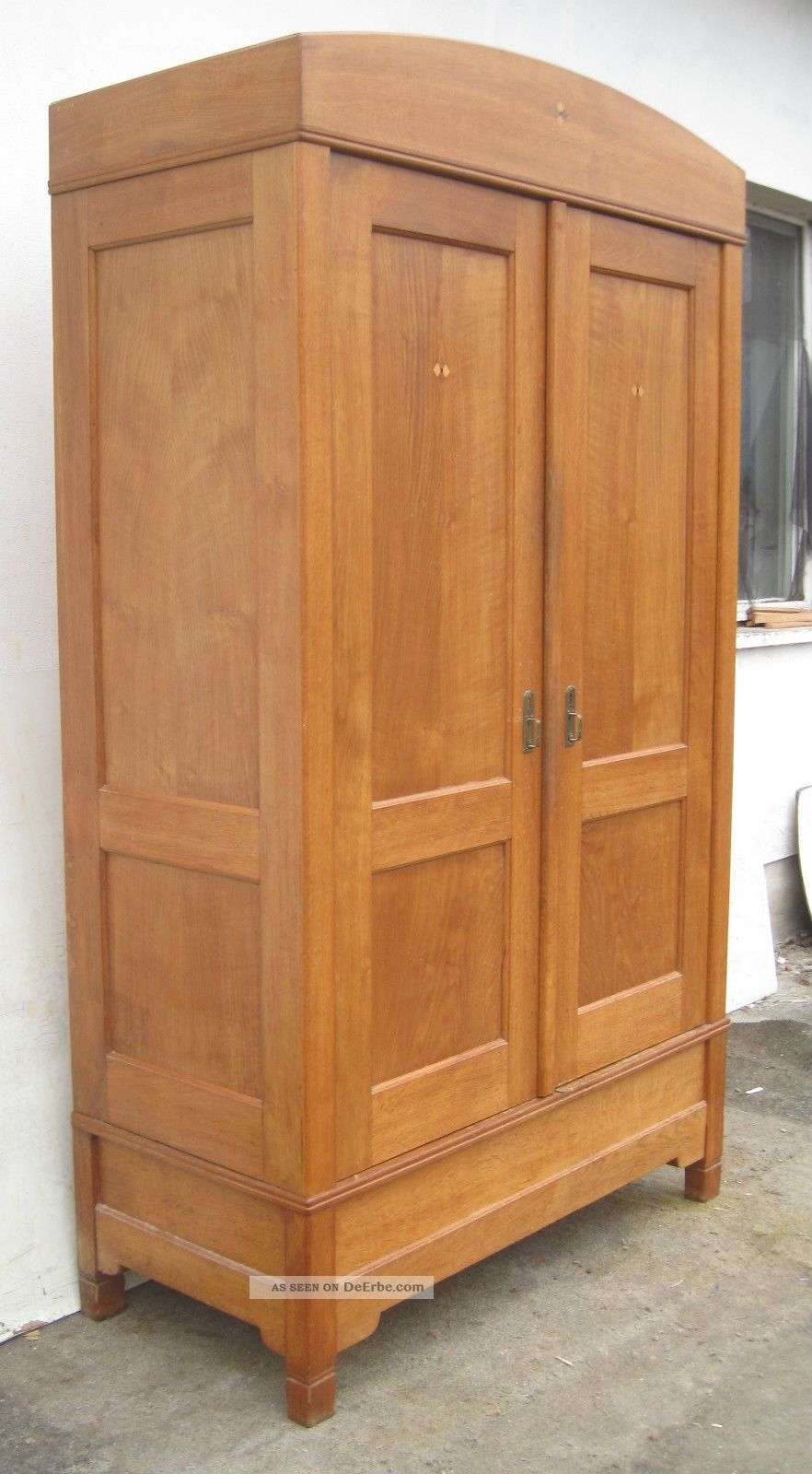 jugendstil dielenschrank eiche massiv ca 1905. Black Bedroom Furniture Sets. Home Design Ideas