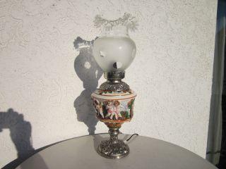 Hässliche Imposant Alte Tischlampe Mit Nackten Engeln Italien,  Wohl Capodimonte Bild