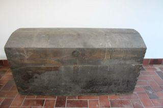 Wunderschöne Antike Holztruhe Aus Dem Jahr 1811 Bild