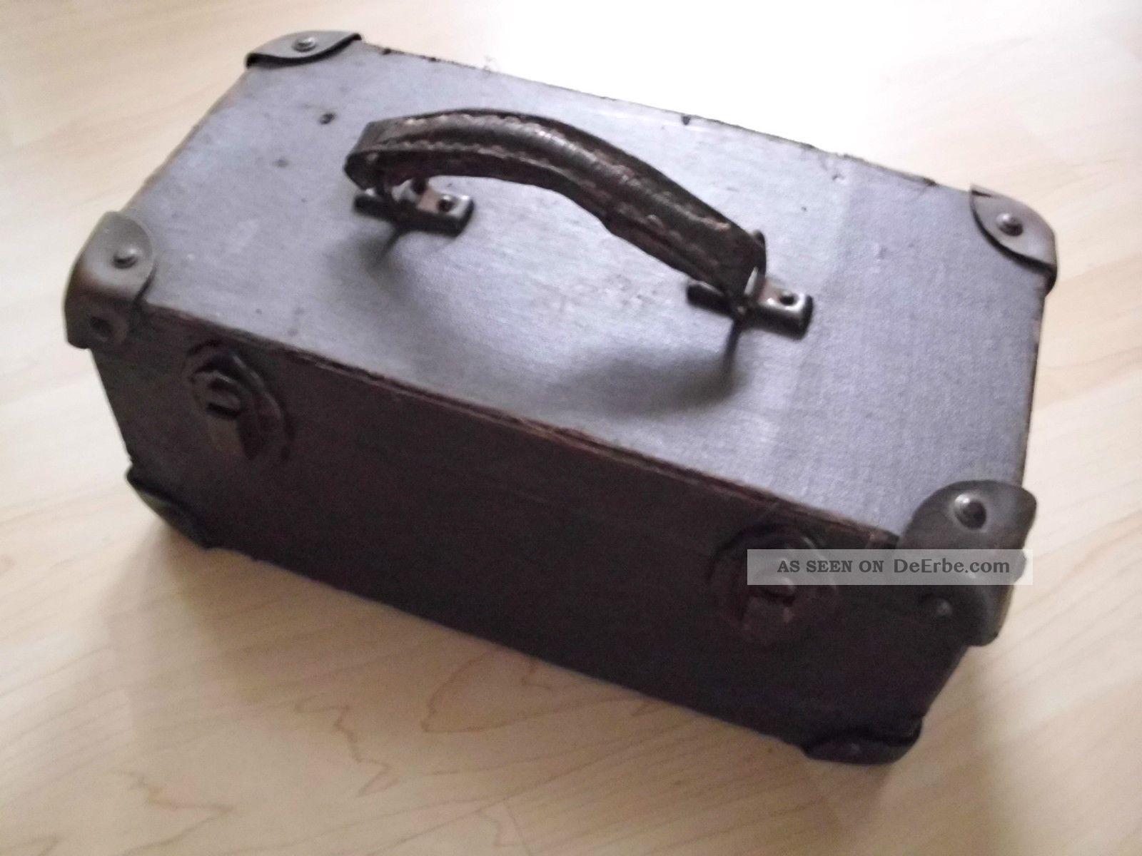kleiner alter koffer kinderkoffer reisekoffer f r. Black Bedroom Furniture Sets. Home Design Ideas