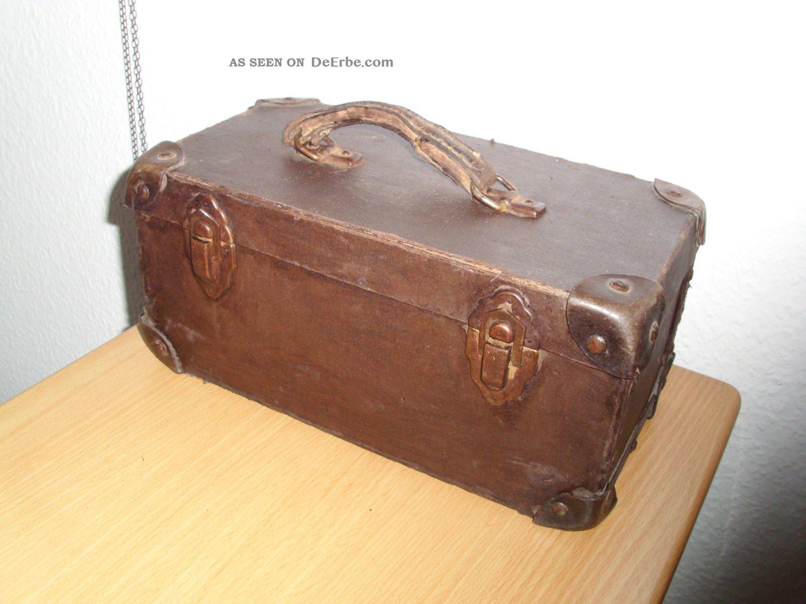 kleiner alter koffer kinderkoffer reisekoffer f r kinder um 1900. Black Bedroom Furniture Sets. Home Design Ideas
