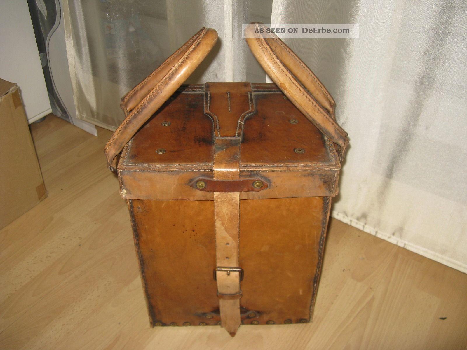 koffer als tisch neu alter koffer reisekoffer vulkanfiber shabby koffer mit voll von kleidung. Black Bedroom Furniture Sets. Home Design Ideas