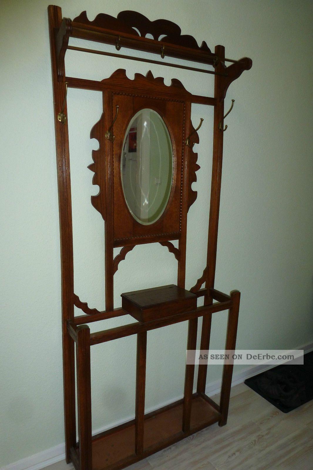 alte garderobe aus eiche mit spiegel schirmaufbewahrung und geheimk stchen. Black Bedroom Furniture Sets. Home Design Ideas