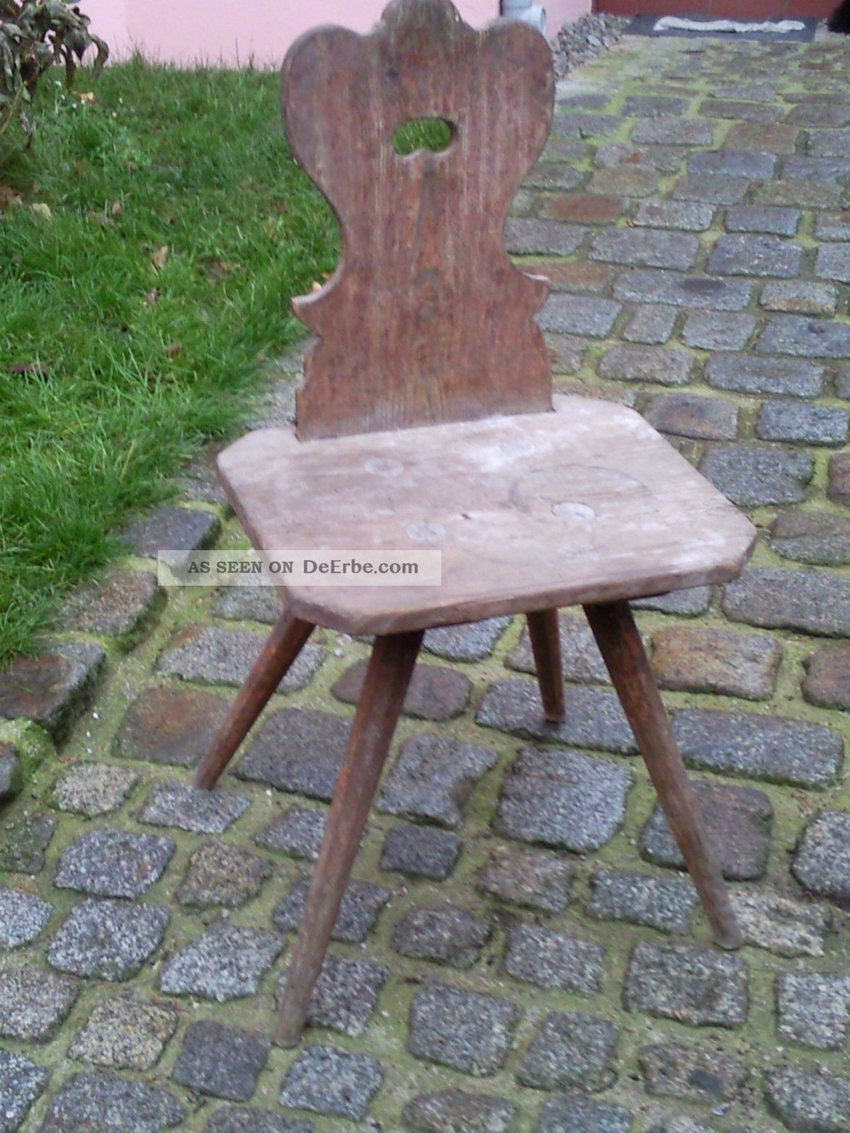 sehr alter bauernstuhl stuhl aus weichholz holz holzstuhl landhaus. Black Bedroom Furniture Sets. Home Design Ideas