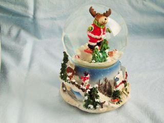 Schneekugel Spieluhr Rudolph,  Ca.  15 Cm Hoch,  Elch Bewegt Sich,  Spielt Rudolph The. Bild