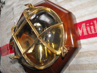Lampe Messinglampe Wandlampe Schiffslampe Maritimelampe Wandleuchte Bild