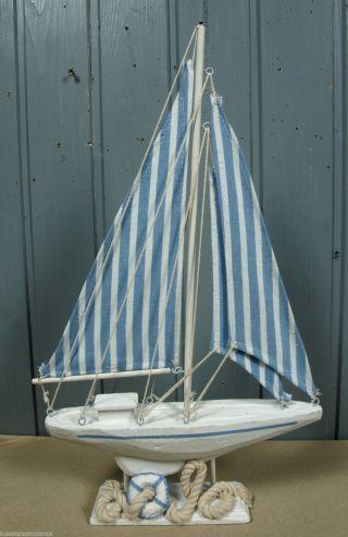 Holz Segelboot Mit Blau/weiß Gestreiften Segeln 41x24cm Maritime Deko Ii.  Wahl Bild