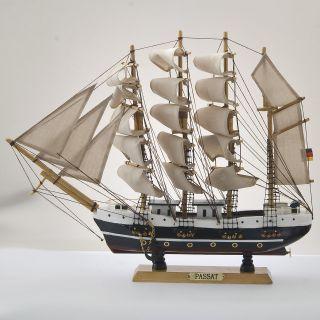 Passat Segelschiff Großsegler Holz Ca.  45cm Deko Standmodell Bild