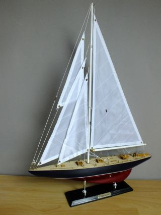 Segel - Yacht Endeavour,  40 X 6 X 54 Cm,  Standmodell Aus Holz,  Segelschiff Bild