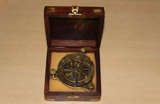Peilkompass Peil - Kompass Messing,  Holzbox,  Sonnenuhr Kompass Tarierbar Boot Bild