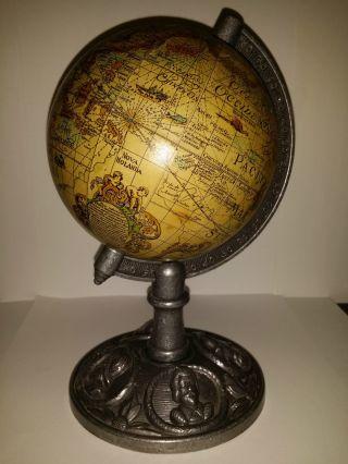 Antik Globus Zinn Um 1900 Relief Seefahrer Entdecker Eroberer Kolumbus Gama.  ? Bild
