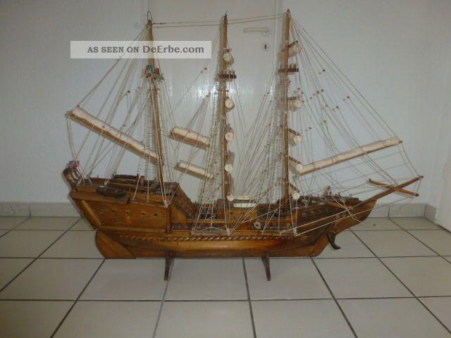 segelboot segelschiff modell segelyacht holz maritim standmodell schiff deko. Black Bedroom Furniture Sets. Home Design Ideas