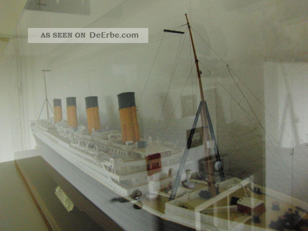 Titanic Mit Vitrine