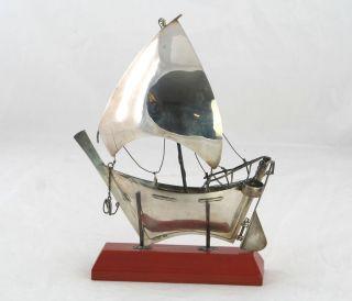 Silber Modell Segelschiff,  925 Silver Gestempelt,  Auf Holzsockel Stehend,  Um 1950 Bild