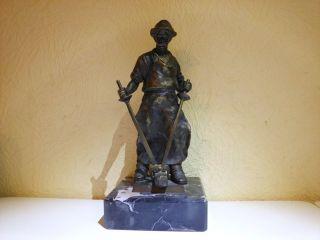 Skulptur Hüttenmann/ Eisengießer/frieder Bild