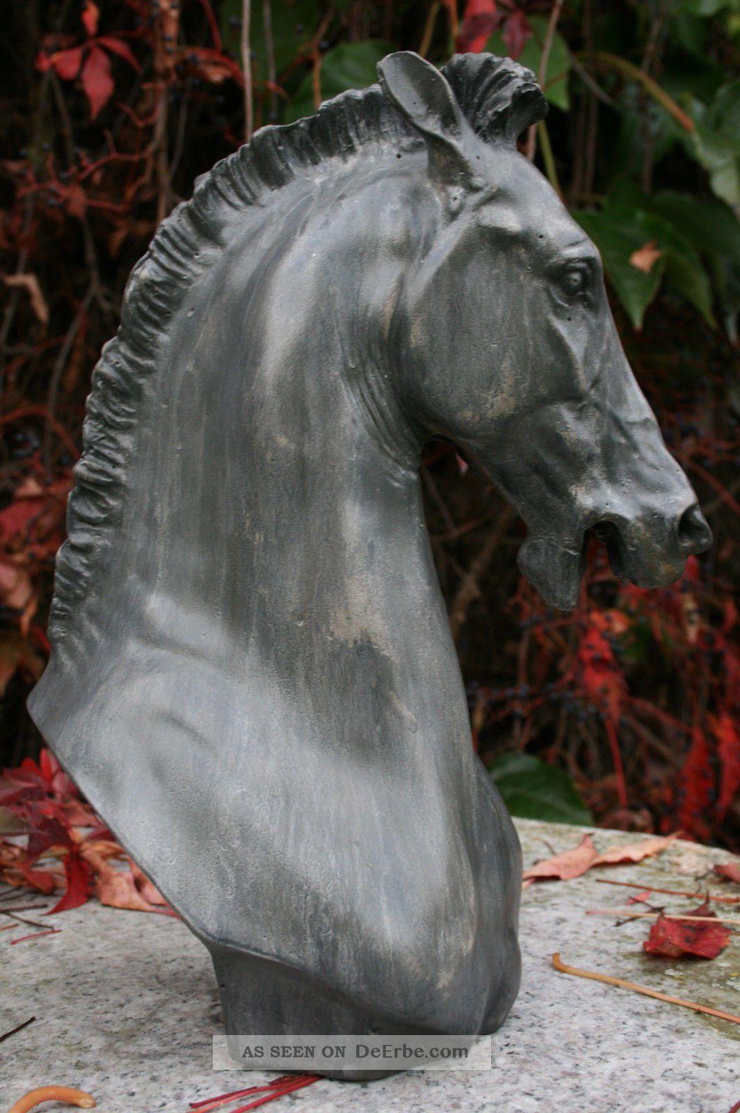 pferde b ste hengst skulptur steinfigur weihnachts. Black Bedroom Furniture Sets. Home Design Ideas