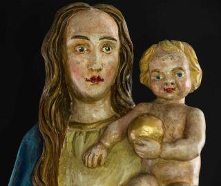 Alte Holz - Madonna Mit Jesuskind,  Hl.  Maria,  Farbig Gefasst,  Schöne Gesichter Bild