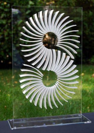 Op Art,  Objekt,  Konkrete Kunst,  Acrylglas,  Handsigniert,  H.  Heinecke,  C18 Bild