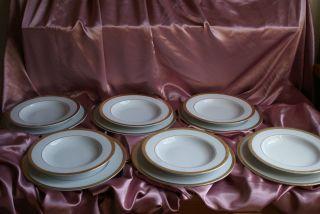 33 Tlg.  Weißes Porzellan Speiseservice Breiter Dekor In Gold Edel Bild